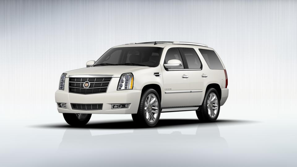 2012 Cadillac Escalade Vehicle Photo in Dover, DE 19901