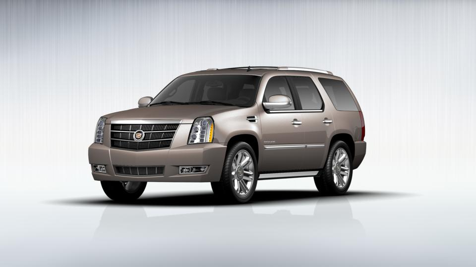 2012 Cadillac Escalade Vehicle Photo in Woodbridge, VA 22191