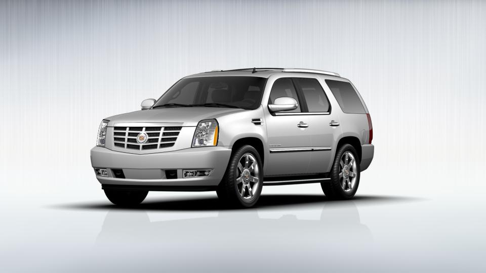 2013 Cadillac Escalade Vehicle Photo in Costa Mesa, CA 92626