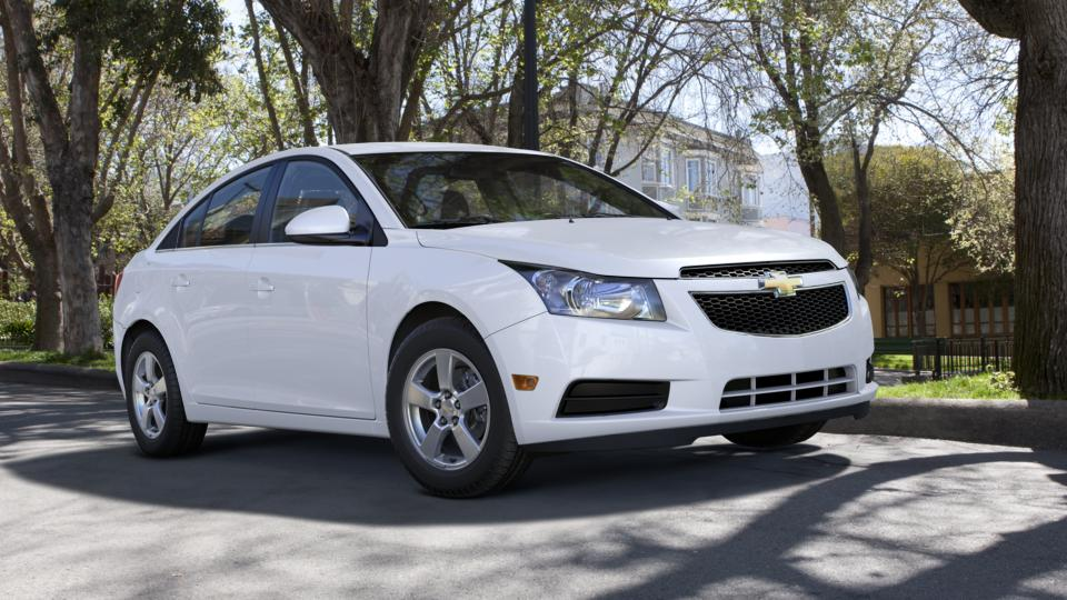 2013 Chevrolet Cruze Vehicle Photo in Mukwonago, WI 53149