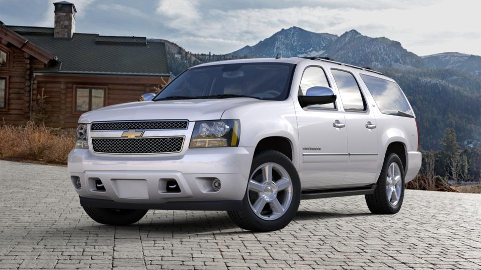 2013 Chevrolet Suburban Vehicle Photo in Fishers, IN 46038