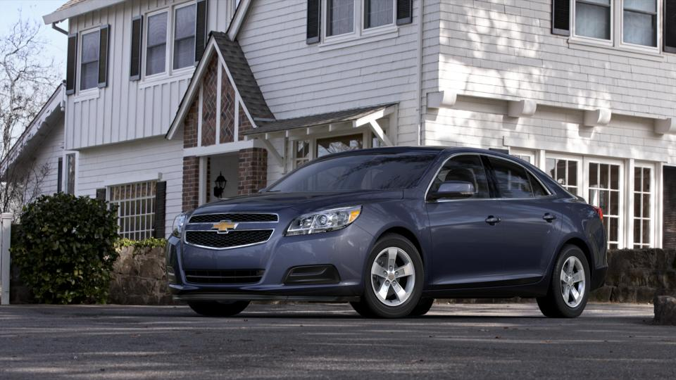 2013 Chevrolet Malibu Vehicle Photo in Joliet, IL 60435