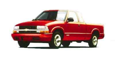 2000 Chevrolet S-10 Vehicle Photo in West Chester, PA 19382