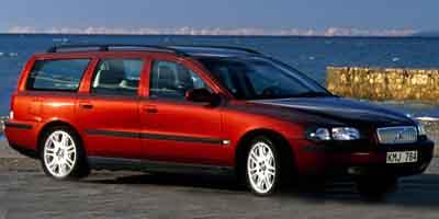 2001 Volvo V70 Vehicle Photo in Appleton, WI 54913