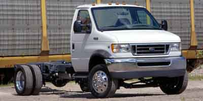 2004 Ford Econoline Commercial Cutaway Vehicle Photo in Burton, OH 44021