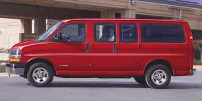 2004 Chevrolet Express Passenger Vehicle Photo in Milford, OH 45150