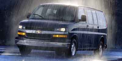 2004 Chevrolet Express Passenger Vehicle Photo in Saginaw, MI 48609