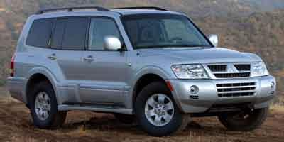 2004 Mitsubishi Montero Vehicle Photo in Bend, OR 97701