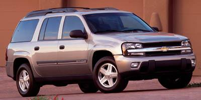 2005 Chevrolet TrailBlazer Vehicle Photo in Lake Bluff, IL 60044