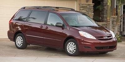 2008 Toyota Sienna Vehicle Photo in Manassas, VA 20109