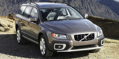 2010 Volvo XC70 Vehicle Photo in Maplewood, MN 55119