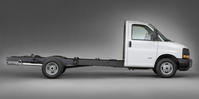 2011 GMC Savana Commercial Cutaway Vehicle Photo in Lewes, DE 19958