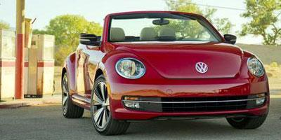 2013 Volkswagen Beetle Convertible Vehicle Photo in Rockville, MD 20852