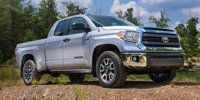 2014 Toyota Tundra 4WD Truck Vehicle Photo in Merriam, KS 66203