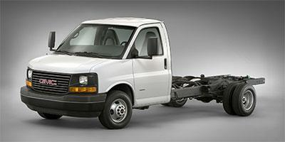 2018 GMC Savana Commercial Cutaway Vehicle Photo in Westland, MI 48185