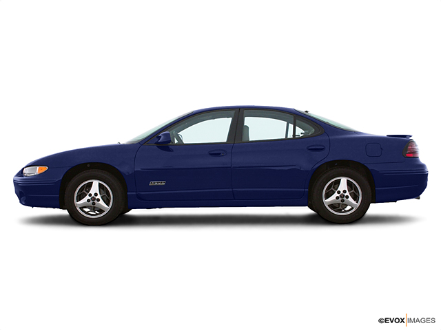 2001 Pontiac Grand Prix Vehicle Photo in Colorado Springs, CO 80905