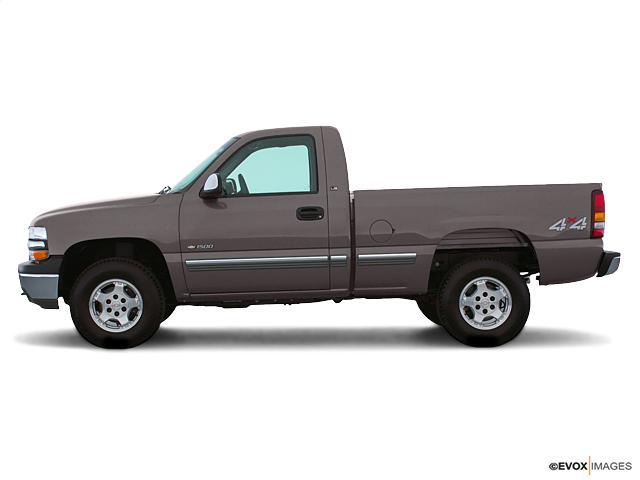 Light Pewter Metallic 2000 Chevrolet Silverado 1500 Used Truck For