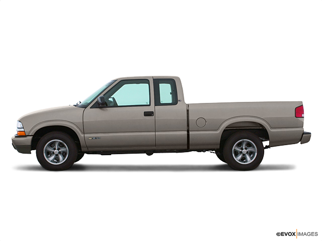 2001 Chevrolet S-10 Vehicle Photo in Quakertown, PA 18951