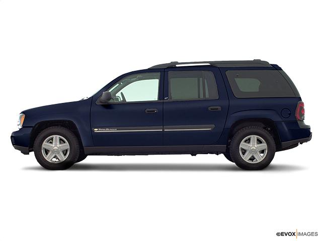 2002 Chevrolet TrailBlazer Vehicle Photo in Joliet, IL 60435