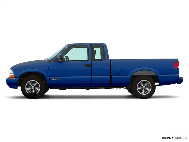 2002 Chevrolet S-10 Vehicle Photo in Wesley Chapel, FL 33544