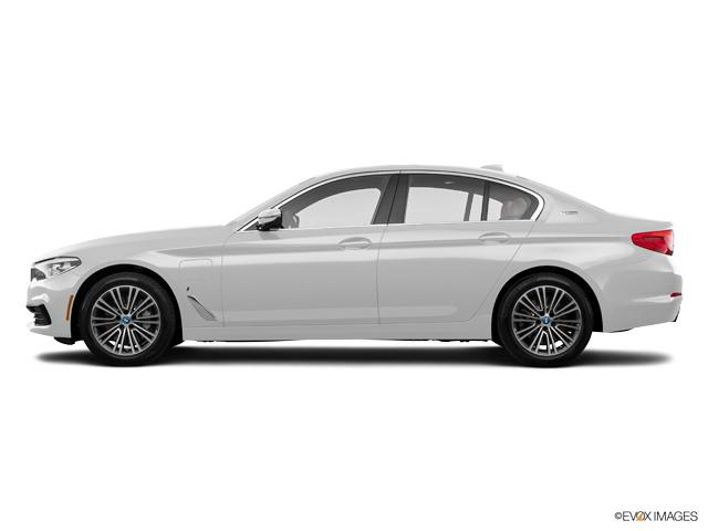 Sewell BMW Grapevine >> New 2019 BMW 530e iPerformance Mineral White Metallic: Car ...