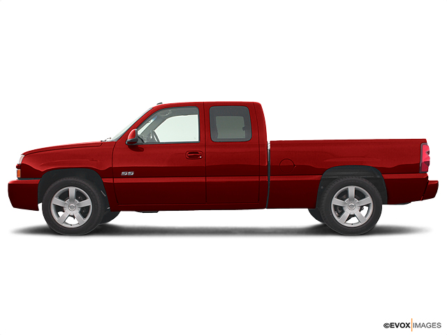 2003 Chevrolet Silverado SS Vehicle Photo in Quakertown, PA 18951