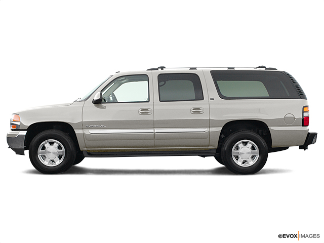 2004 GMC Yukon XL Vehicle Photo in Portland, OR 97225