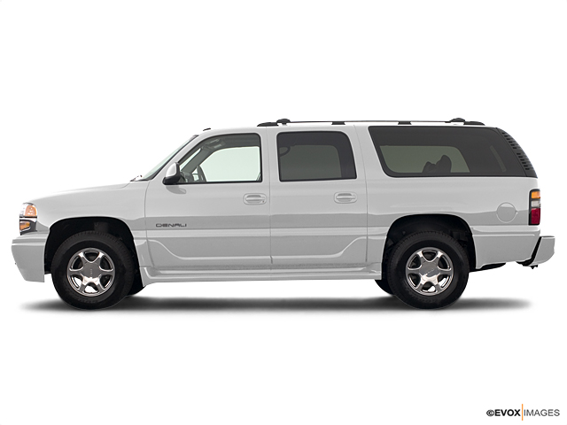 2004 GMC Yukon XL Denali Vehicle Photo in Midlothian, VA 23112