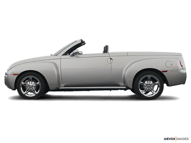 2005 Chevrolet SSR Vehicle Photo in Charlotte, NC 28212