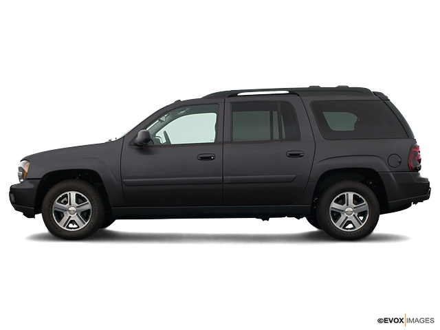 2005 Chevrolet TrailBlazer Vehicle Photo in Janesville, WI 53545