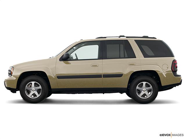 2005 Chevrolet TrailBlazer Vehicle Photo In Peoria, IL 61614