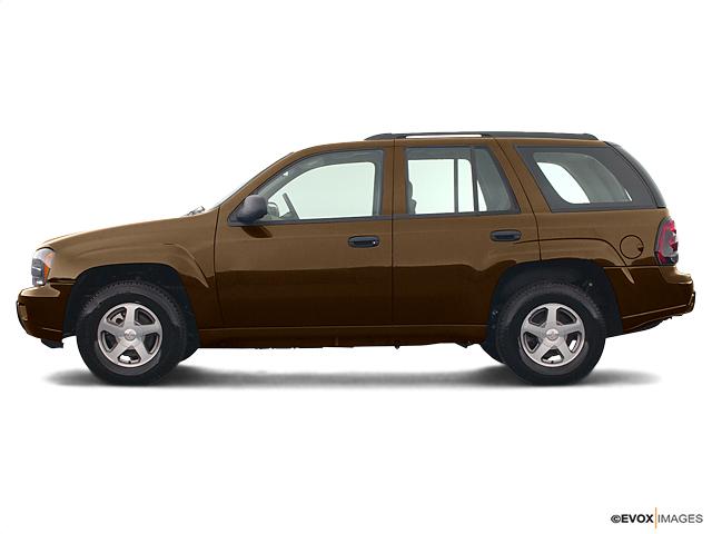 2003 Chevrolet TrailBlazer Vehicle Photo in Beaufort, SC 29906