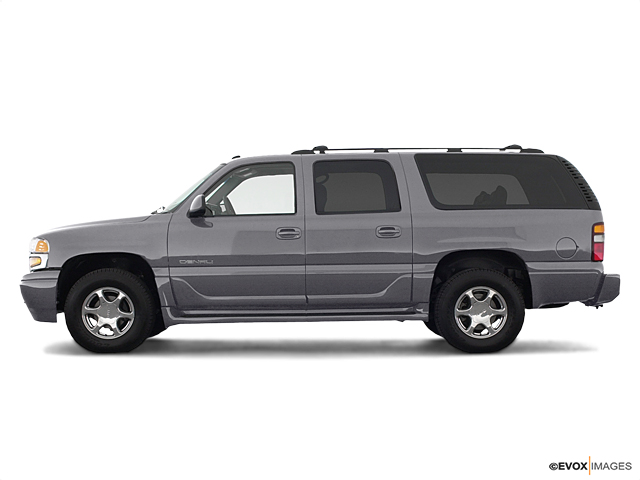 2005 GMC Yukon XL Denali Vehicle Photo in Casper, WY 82609