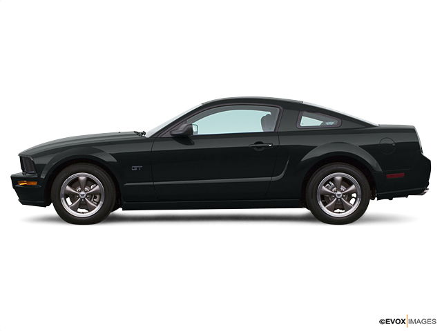 2005 Ford Mustang Vehicle Photo in Oshkosh, WI 54904