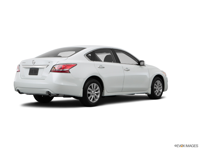 Used Car 2015 Pearl White Nissan Altima 4dr Sdn I4 2 5 S For Sale In Kentucky