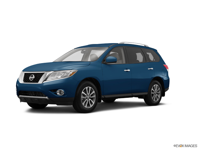 2015 Nissan Pathfinder Vehicle Photo in Gulfport, MS 39503