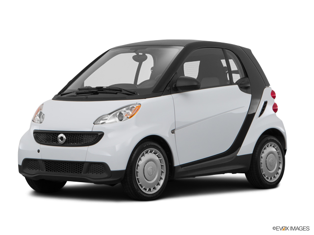 2015 smart fortwo Vehicle Photo in Elyria, OH 44035