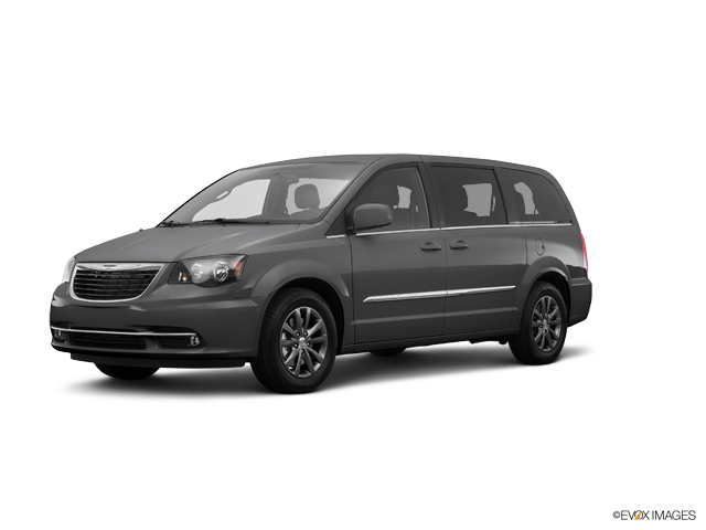 2016 Chrysler Town & Country Vehicle Photo in Portland, OR 97225