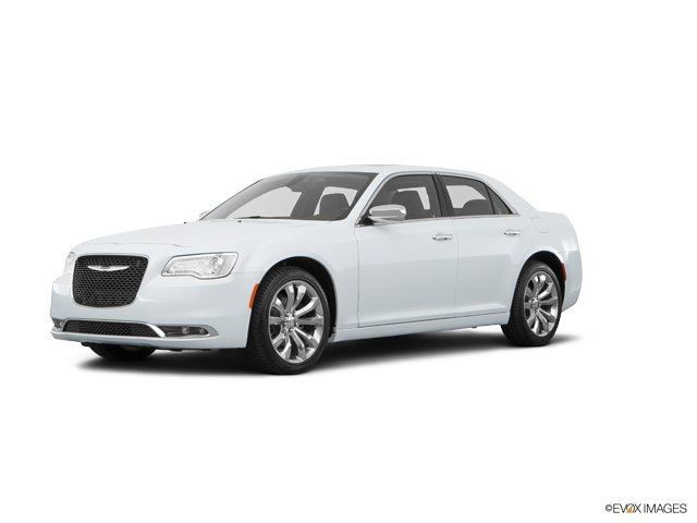 2016 Chrysler 300 Vehicle Photo in Akron, OH 44320