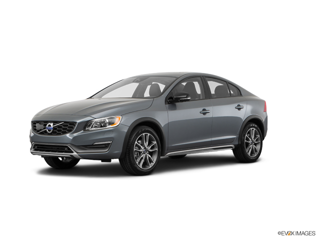 2016 Volvo S60 Cross Country Vehicle Photo in Akron, OH 44312