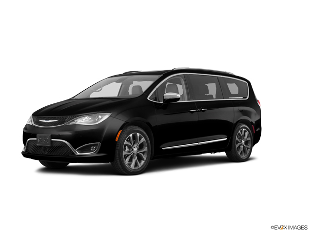2017 Chrysler Pacifica Vehicle Photo in San Angelo, TX 76903