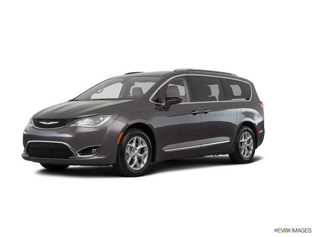 Used 2017 Chrysler Pacifica Touring Fwd For Sale In Oak Lawn Near