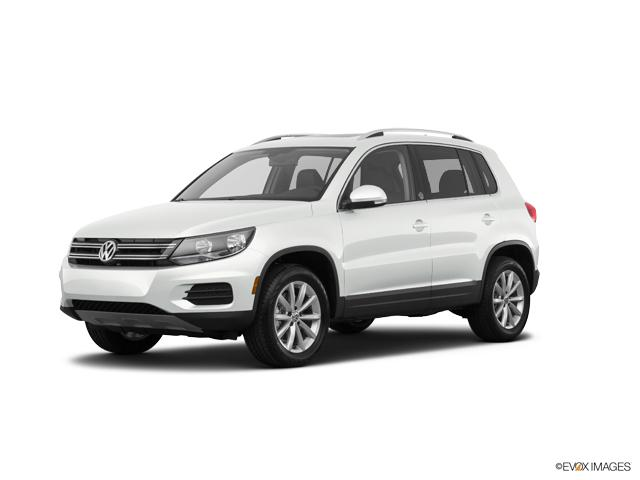 2017 Volkswagen Tiguan Vehicle Photo in Appleton, WI 54913