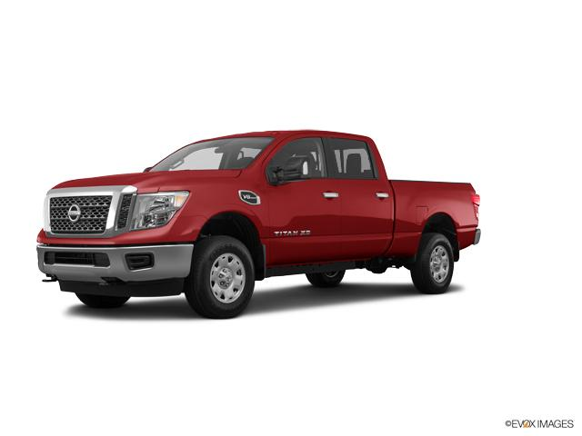 2017 Nissan Titan Vehicle Photo in Edinburg, TX 78542