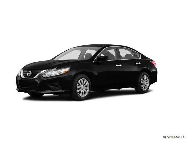 2017 Nissan Altima Vehicle Photo in Evansville, IN 47715