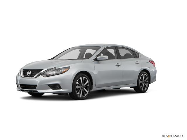 2017 Nissan Altima Vehicle Photo in Edinburg, TX 78542
