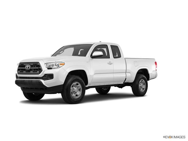 2017 Toyota Tacoma Vehicle Photo in Kansas City, MO 64118