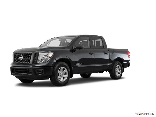 2017 Nissan Titan Vehicle Photo in Edinburg, TX 78539
