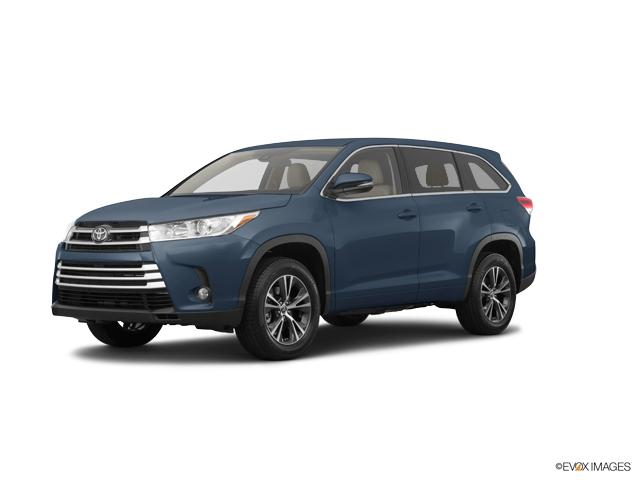 2017 Toyota Highlander Vehicle Photo in Williston, ND 58801