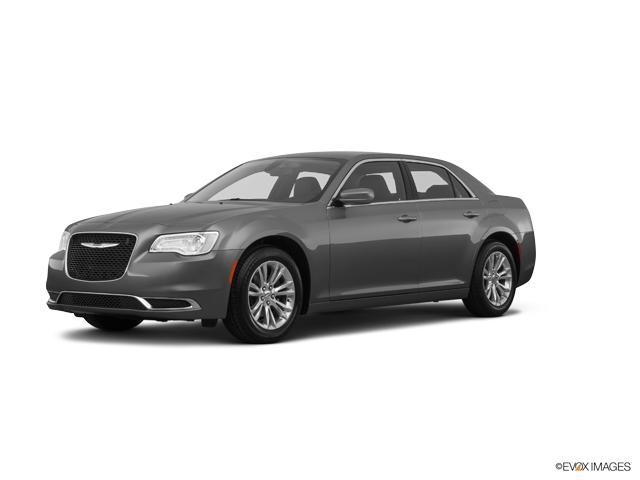 2017 Chrysler 300 Vehicle Photo in Springfield, MO 65807